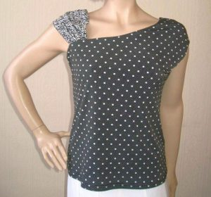 Joseph Ribkoff 19097 Black & White Top